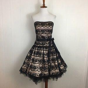 Jessica McClintock Gunne Sax Strapless Party Dress